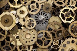 時計が壊れている場合はメーカー修理になります。